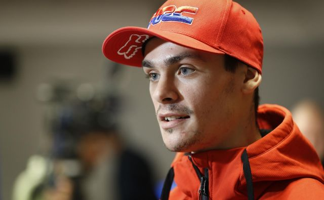 Tim Gajser bo še v prihodnji sezoni dirkal v MXGP, za naprej se še ni odločil. Pogovarja se z vsemi ekipami, je pa Honda tista, ki si jo je vedno želel: »Zame je kot druga družina.« FOTO: Leon Vidic/Delo