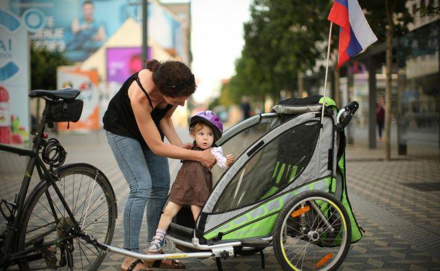 Pobuda o univerzalnem temeljnem dohodku za otroke je večinoma naletela na pozitivne odzive, ob opozorilih, da se položaj socialno najšibkejših s tem ne sme poslabšati. FOTO: Jure Eržen/Delo