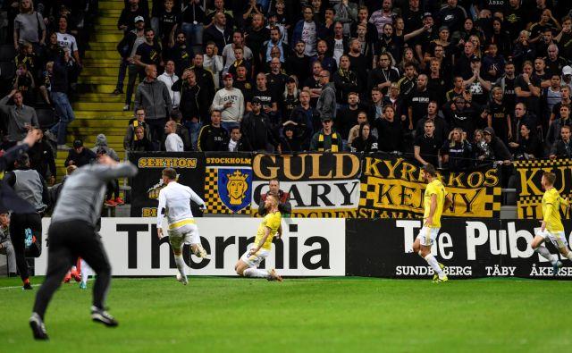 Alexandru Cretu je v 117. minuti tekme popeljal Maribor v 3. kolo kvalifikacij za ligo prvakov. FOTO: Reuters