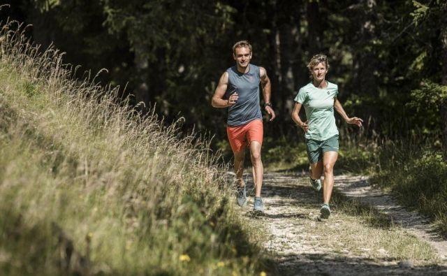 Kratek intervalni trening, ki ga strokovno imenujemo ekstenziven intervalni trening, je tip vadbe, ko tečemo zelo hitro, srčni utrip pa se giblje v območju anaerobnega praga. Foto Scott