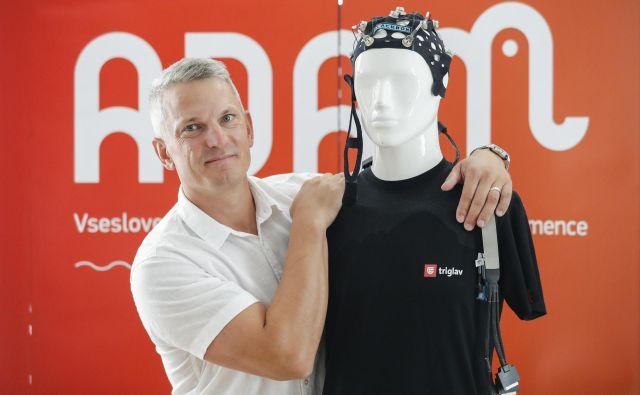 Pilotni projekt Adam bo pomagal pri zgodnjem odkrivanju demence. Fotografiji Uroš Hočevar