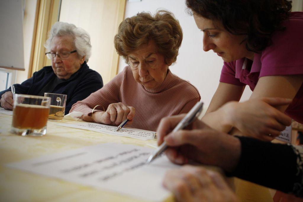 S krvnim testom bodo »alzheimerja« napovedovali 20 let vnaprej