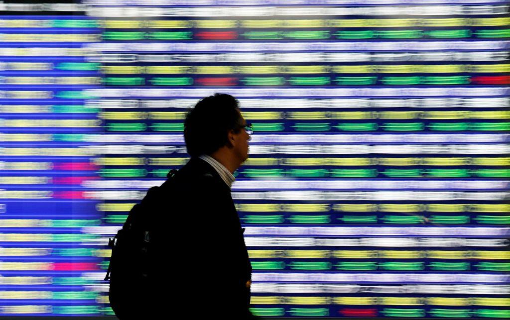 Nova etapa trgovinske vojne: Azijske borze ob dva odstotka