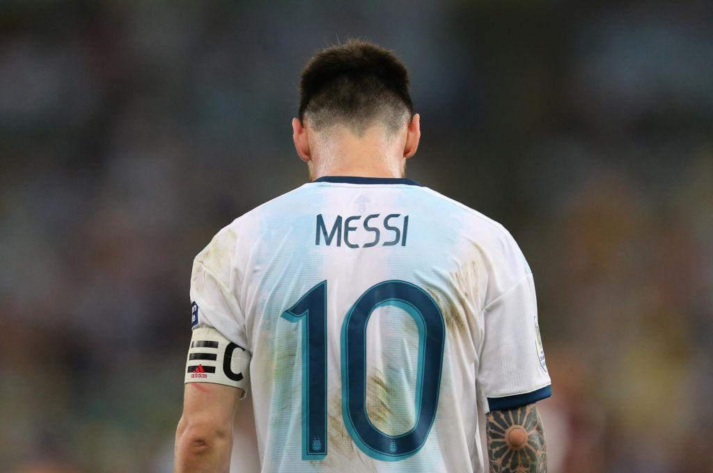 Messi zaradi kazni na hladnem do novembra