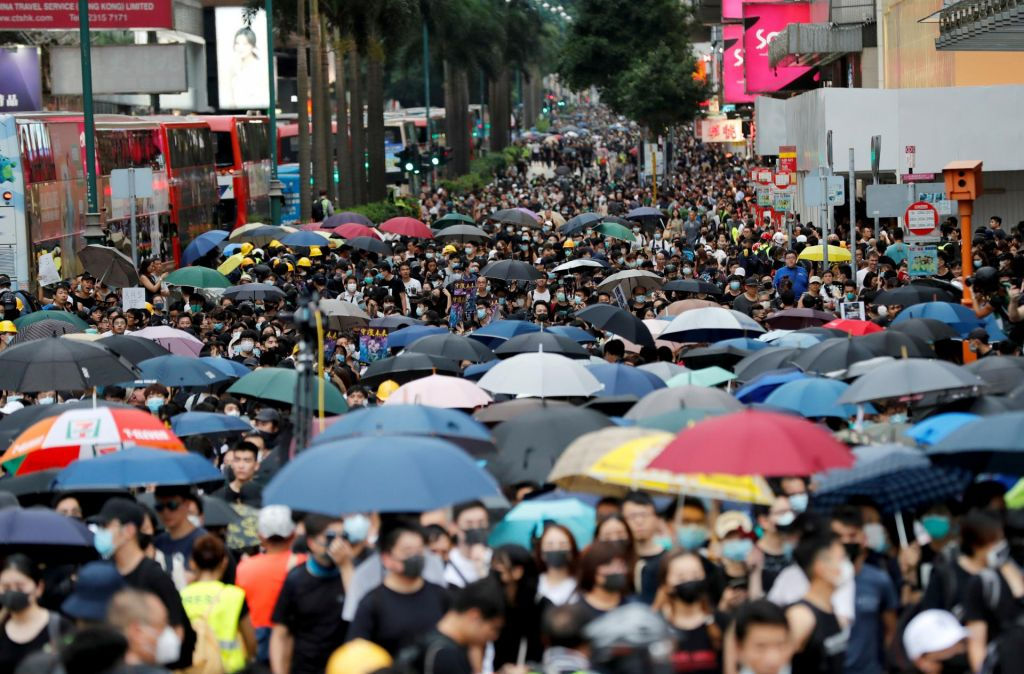 Hongkong ponovno na nogah