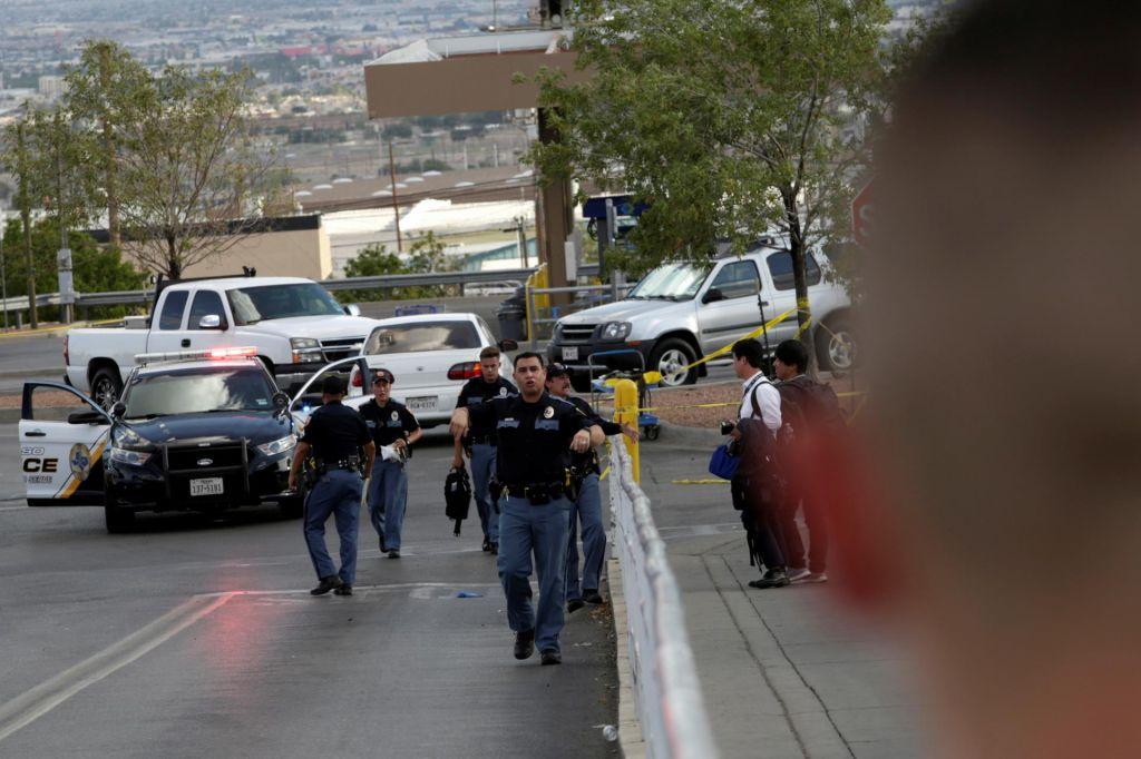 FOTO:Policija strelski napad preiskuje kot možno kaznivo dejanje iz sovraštva