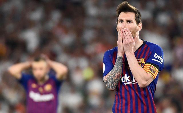 Pri Messiju gre za poškodbo desne mečne mišice, ponavadi je treba pri tovrstnih poškodbah počivati dva tedna. FOTO: AFP