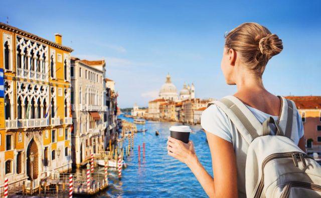 Turisti Benetke Foto Shutterstock