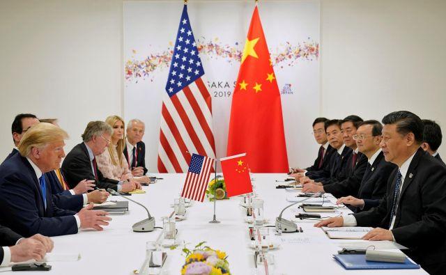 So ameriško-kitajska trgovinska pogajanja oziroma spopad Donalda Trumpa in Xi Jinpinga na mrtvi točki ali lahko sledi čudežen preobrat? FOTO: Reuters