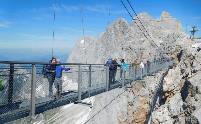 A je kaj trden most? FOTO: Grega Kališnik