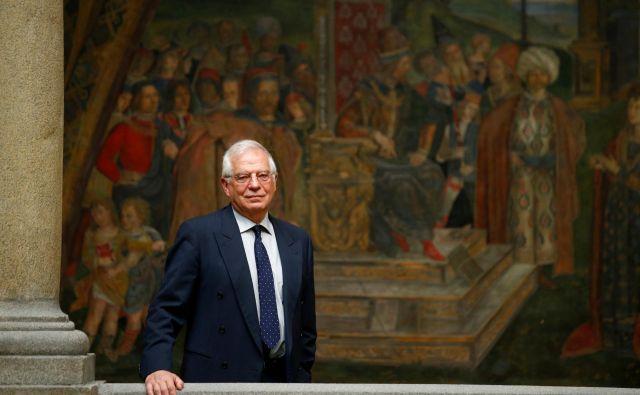 Josep Borrell je bil včasu španske tranzicije eden izmed vidnejših socialističnih politikov – sprva kot državni sekretar, nato v devetdesetih kot minister za javna dela in promet v vladi Felipeja Gonzáleza. Foto: Reuters