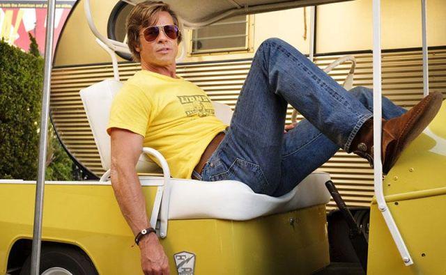 Brad Pitt kot kaskader Cliff Booth. FOTO: Promocijsko gradivo