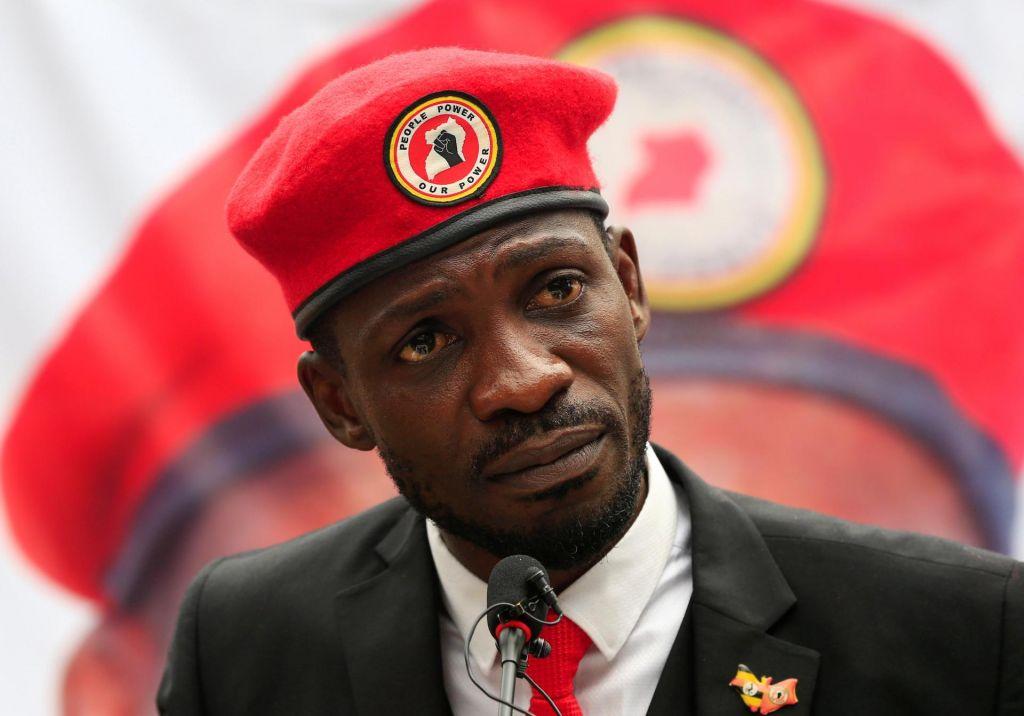 Ugandski pop zvezdnik izziva predsednika