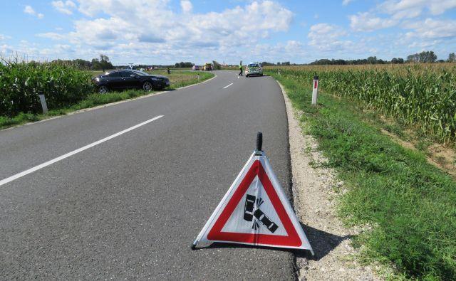 Nesreča se je zgodila zaradi neprilagojene hitrosti voznika avtomobila. FOTO: Dejan Razlag