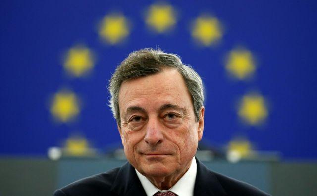 Predsednik ECB Mario Draghi, mandat se mu konča konec oktobra, napoveduje ukrepe za gospodarstvo in banke. FOTO: Reuters