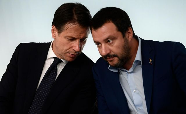 Liga, ki jo vodi Matteo Salvini (desno), podpira gradnjo železnice, kot tudi premier Guiseppe Conte. Foto AFP