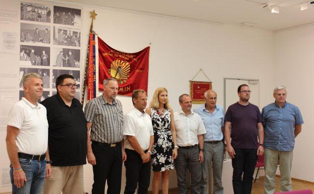 Če vse občine dobijo manj, tudi politična pripadnost županov ni več pomembna. Foto Blaž Močnik