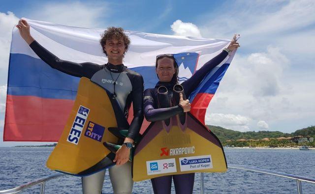 Samo Jeranko in Alenka Artnik sta drugi dan svetovnega prvenstva poskrbela za bronasto medaljo, Alenka pa ob tem še za svetovni rekord. Foto www.apnea.si
