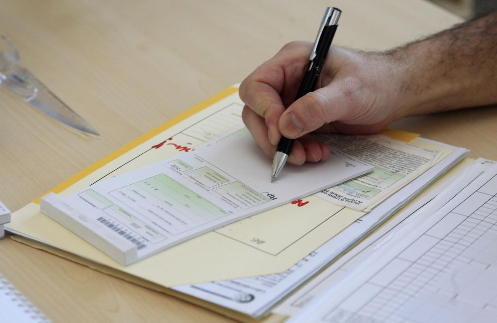 Enote Lekarne Ljubljana počasi začenjajo delovati