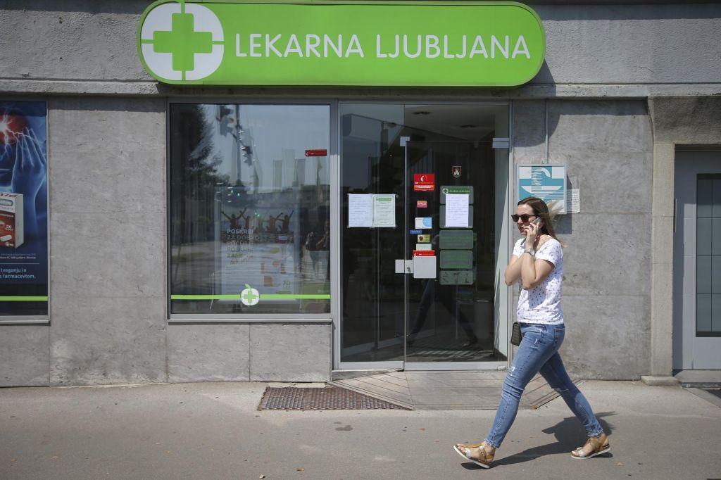 V enotah Lekarne Ljubljana izdaja zdravil še vedno le na papirnati recept