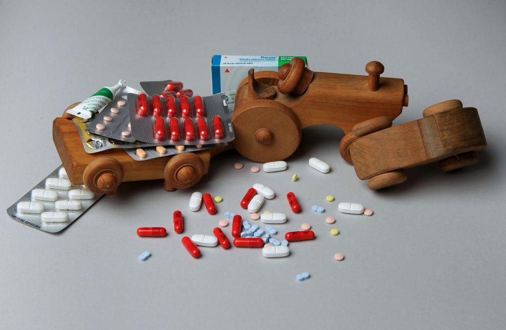 FOTO:Medicina in farmacija se utapljata v morju podatkov