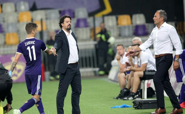 Ne le navijači, tudi Zlatko Zahović komaj čaka na vrnitev sina Luke. FOTO: Mavric Pivk