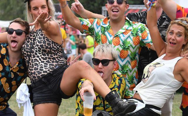 Na Pepsi Szigetu, enem največjih in najstarejših glasbenih festivalov v Evropi, ki v Budimpešti poteka od 7. do 13. avgusta, bodo med drugim nastopila zveneča imena iz sveta glasbe, kot so Foo Fighters, James Blake, Ed Sheeran, Florence & The Machine, Post Malone, The National, Richy Hawtin in mnogi drugi. FOTO: Attila Kisbenedek/AFP