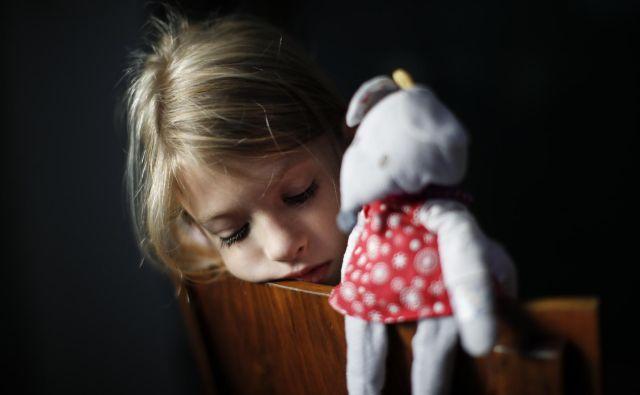 Neurejeno financiranje specializacij je med glavnimi vzroki, da otroci v stiski čakajo na obravnavo pri kliničnem psihologu skoraj eno leto, odrasli pa do dve leti. Foto Uroš Hočevar