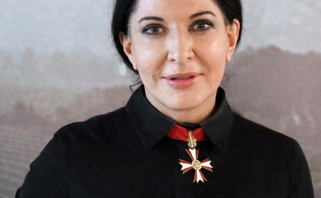 Marina Abramović živi v New Yorku, je pa zelo veliko na poti.<br /> FOTO: wikipedija