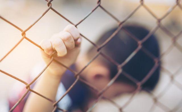 Akcija je omogočila začetek preiskave 31 novih primerov trgovine z ljudmi v več sodelujočih državah. FOTO: Shutterstock