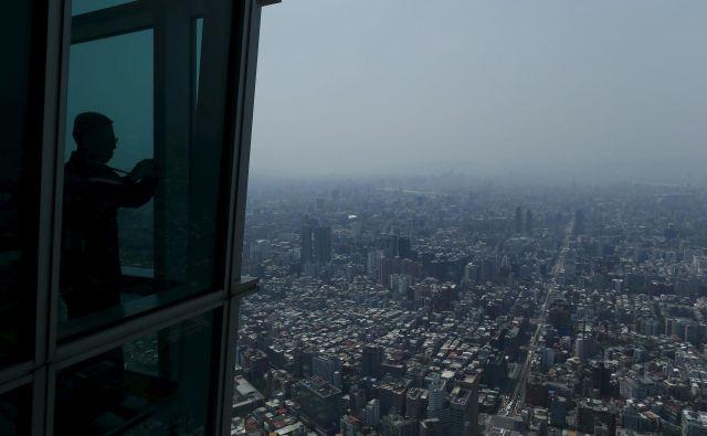 Osupljivi razgled s stolpa 101. FOTO: Reuters