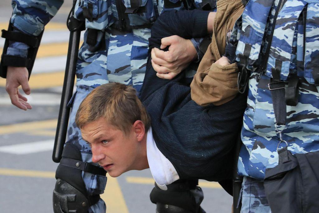 Začetek konca »vseruskega političnega laganja«?
