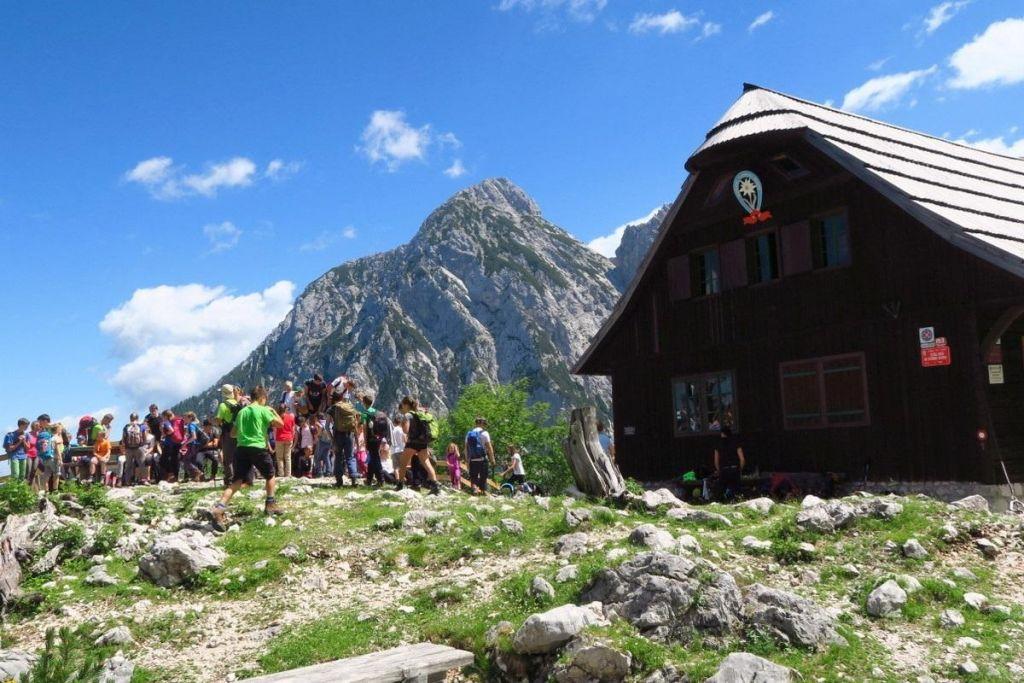 Slovenske gore letno obišče 1,7 milijona ljudi