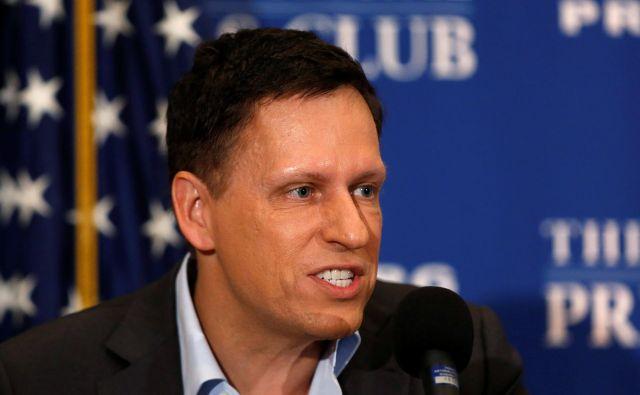 Peter Thiel čaka na maščevanje več let, pri močeh pa ga ohranja kri mladeničev.