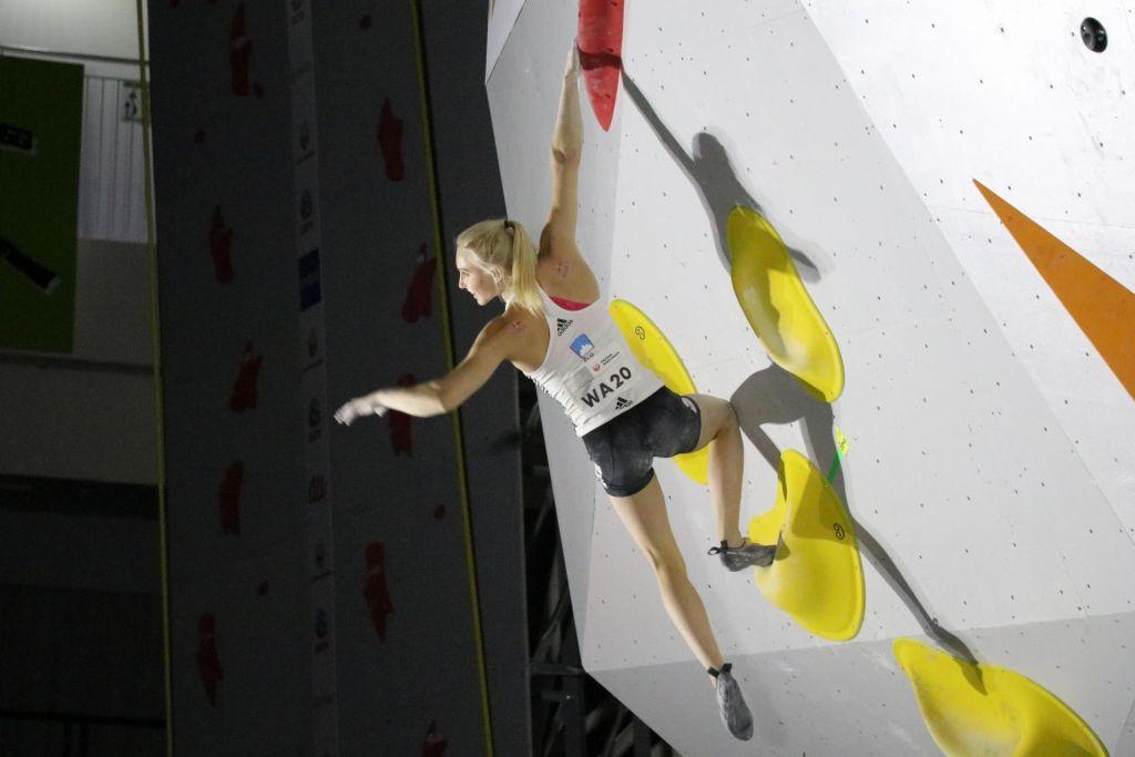 FOTO:Janja Garnbret ubranila naslov svetovne prvakinje