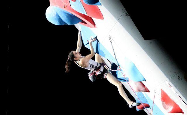 Mia Krampl, ki jo trenira Anže Šremfelj, je navdušila z naslovom podprvakinje v težavnosti. FOTO: Manca Ogrin