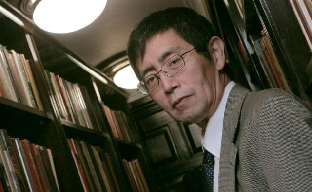 Ikona žive sodobne kitajske poezije Bei Dao je bil eden osrednjih predstavnikov meglenih pesnikov.<br /> Foto Dnevi poezije in vina
