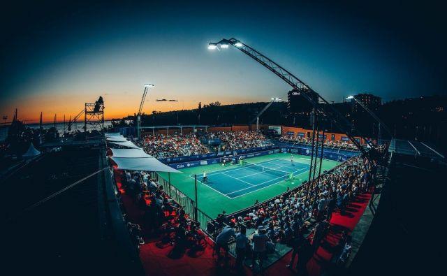 Blaž Kavčič: »Tenis je v času teh dveh turnirjev na vsakem koraku v mestu, poletne počitnice in nočno življenje pa ustvarijo povsem drugačno vzdušje, kot sicer vlada na turnirjih.« Foto: Vid Ponikvar/Sportida
