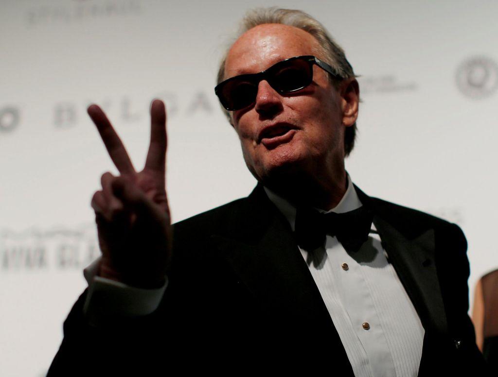 Umrl je igralec Peter Fonda