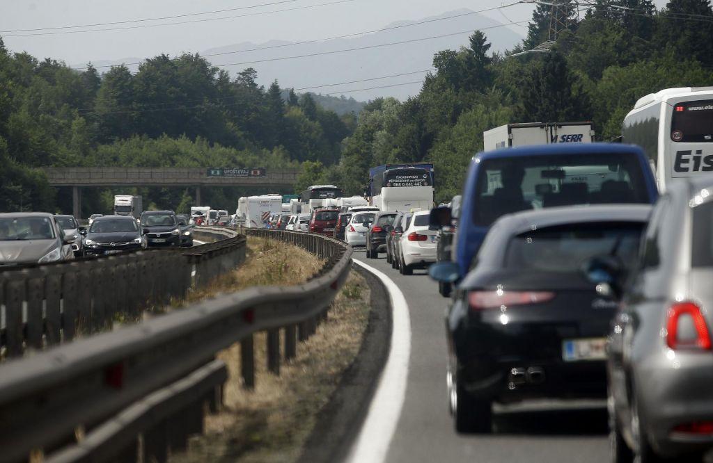 Zastoji proti Avstriji in na mejnih prehodih s Hrvaško