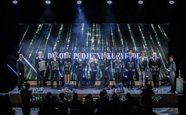 Na lanskoletni gala prireditvi smo takole na odru pozdravili vse nominirance za Delovo podjetniško zvezdo 2018. FOTO: Uroš Hočevar/Delo
