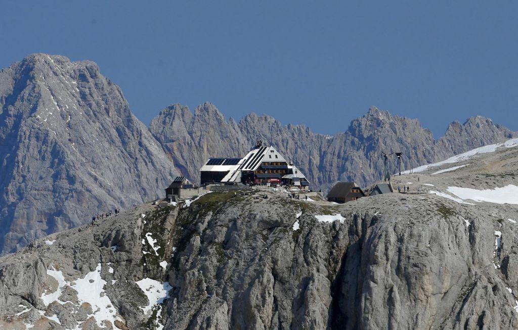 Na snežišču pod Kredarico našli od novembra lani pogrešanega planinca