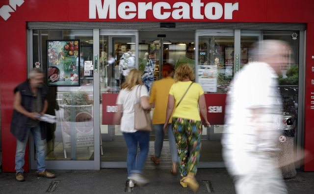 Soglasje za prenos bodo morale dati tudi vse upnice Mercatorja. Foto Blaž� Samec/Delo