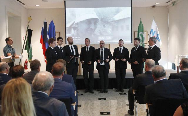 Žalna seja SLS in NSi v spomin na soustanovitelja in prvega predsednika Slovenske kmečke zveze Ivana Omana. FOTO: Leon Vidic