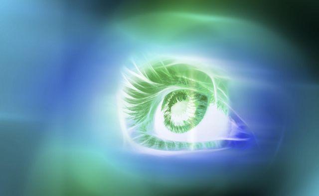 Genske očesne bolezni delimo v dve večji skupini: prve prizadenejo celice v mrežnici, ki so odgovorne za njeno delovanje, druge pa delovanje vidnega živca. Foto Shutterstock