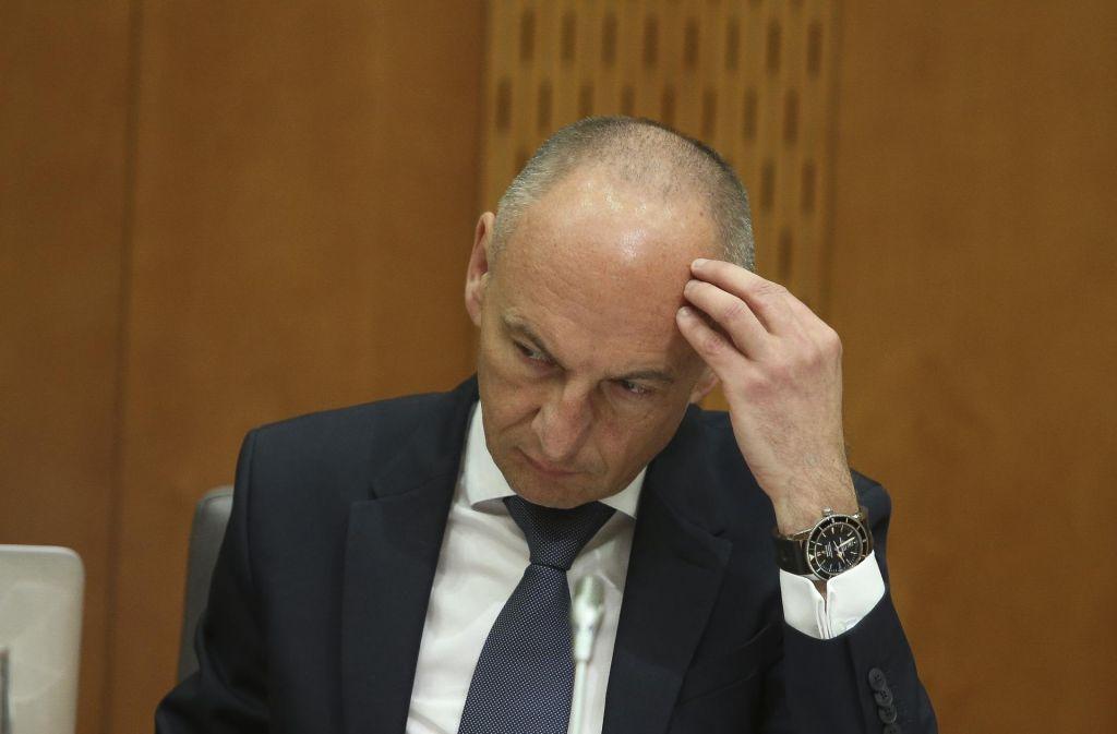 Minister Šabeder menja ključne kadre