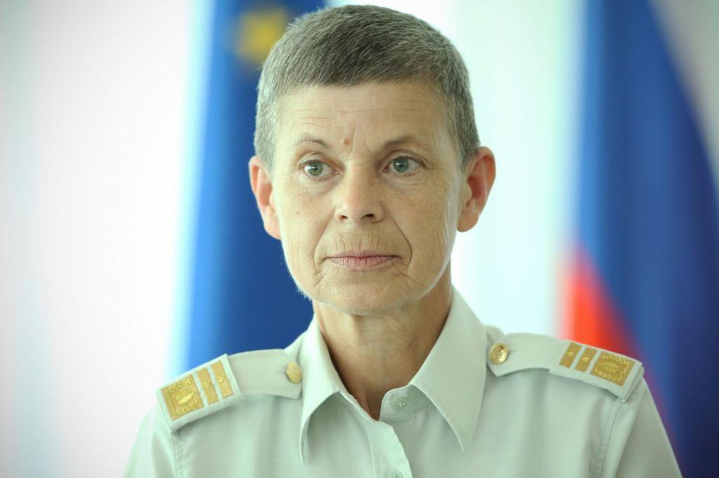 Slovenija ima premalo vojakov, ni videti, da bi jih kmalu imela več