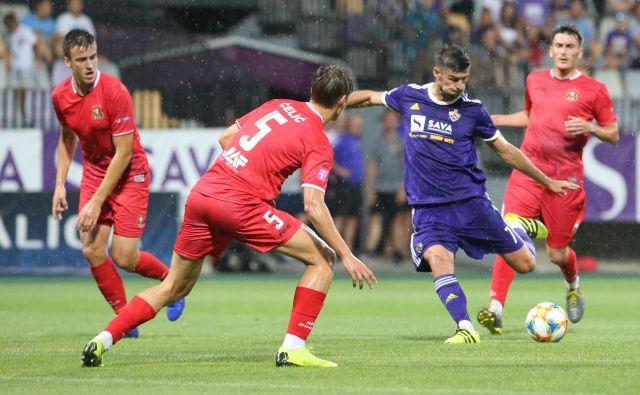 Maribor pogreša tudi gol ali podajo Roka Kronavetra, ki je evropsko poletje začel v velikem slogu. FOTO: Tadej Regent/Delo
