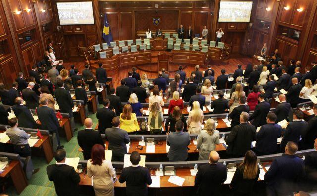 Zahod je žrtvoval demokracijo na Kosovu za lažni mir in stabilnost. FOTO: Hazir Reka/Reuters