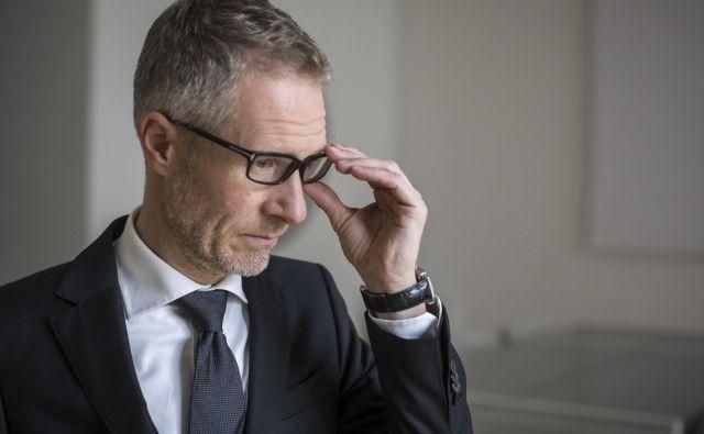 Boštjan Vasle,guverner BS(funkcijo je nastopil v začetku januarja letos, mandat se mu izteče v začetku leta 2025)<br /> Zaradi uhajanja informacij se je odločil za forenzično preiskavo, ki jo v Banki Slovenije opravljajo predstavniki družbe Deloitte. Ker BS razpolaga z vsemi podatki o evrskemu sistemu, mora biti varnost nepropustna. FOTO: Voranc Vogel